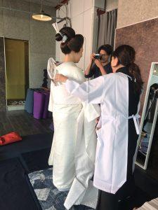 自髪で文金高島田、出張ヘアメイク着付けまで 和婚をコーディネートいたします
